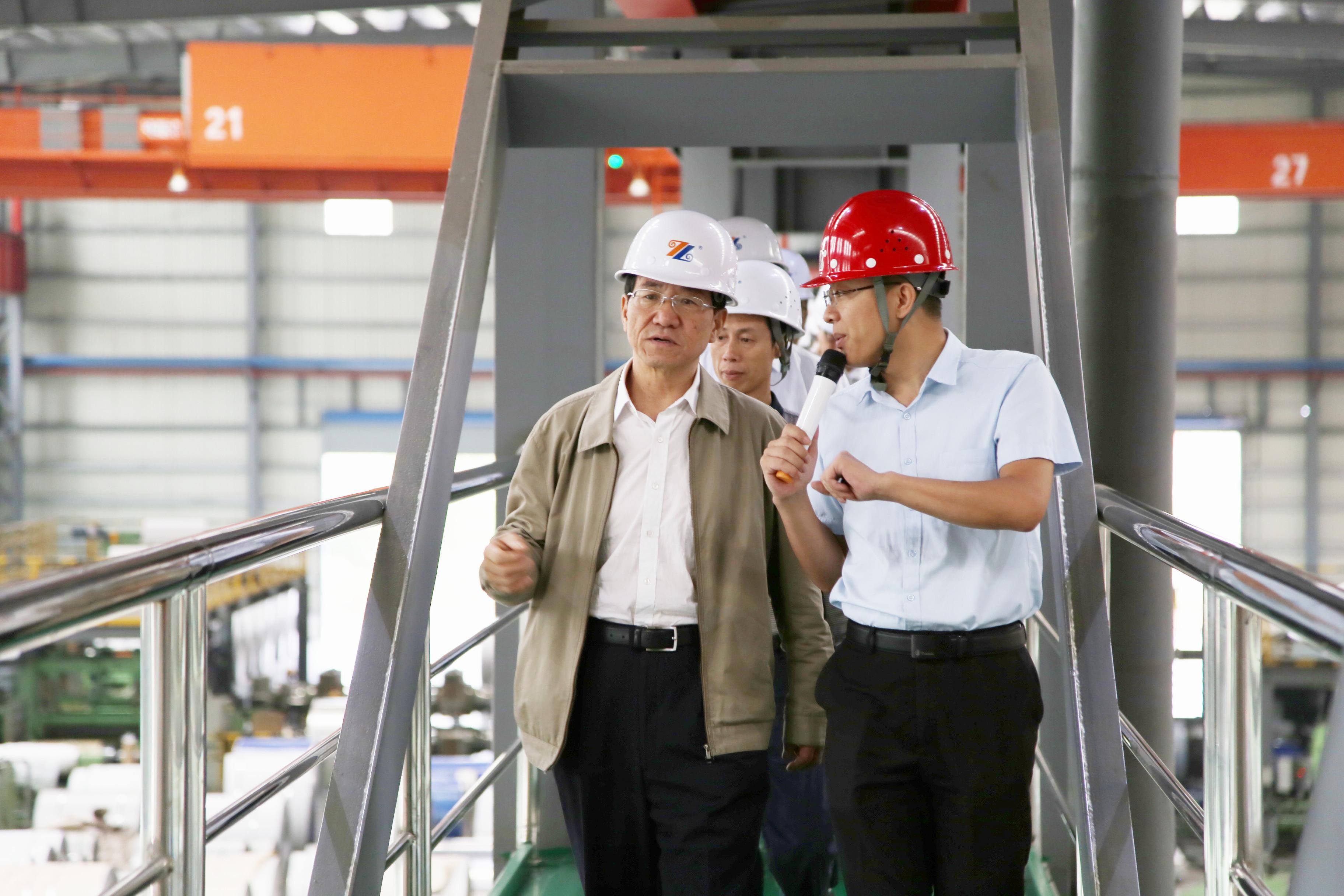 内蒙古自治区政协副主席常军政一行莅临福建竞博电竞怎么样调研