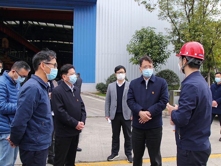 2020年3月,宁德市委书记郭锡文一行莅临福建亚博全站考察、调研